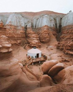 Goblin State Valley Utah US |  Sasha Juliard Photography