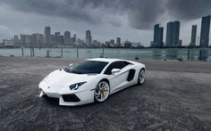 Lamborghini Aventador LP 700-4 With Views Of The Metropolis