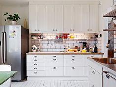 Under cabinet shelf Open Cabinets, Kitchen Cabinets, Cupboards, Under Cabinet Shelf, Modern Furniture, Home Furniture, Home Kitchens, Kitchen Dining, Sweet Home