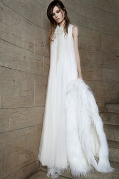 Vera Wang Bridal Spring 2015 Collection | Fashion Pictures | Marie Claire