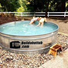How to Build the Ultimate DIY Stock Tank Hot Tub - Read this article! Stock Tank Pool, Diy Tank, Jacuzzi Tub, Concrete Blocks, Backyard Designs, Backyard Ideas, Decoration, Tank Pools, Van Life