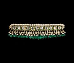 Choker necklace (chintak); probably Hyderabad, India; late 18th-early 19th century; gold, diamonds, emeralds, pearls, enamel; the al-Sabah Collection, Kuwait.