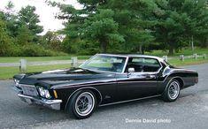 My dream car 71 Buick Riviera My Dream Car, Dream Cars, Buick Riviera, Cars Characters, Pontiac Cars, Love Car, American Muscle Cars, Car Car, Vintage Cars
