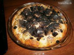 Hruškovo-makový kysnutý koláč s hrozienkami (fotorecept) - Recept