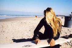 Wake up and smell the ocean! Carefree living for the waves.Share with me the Love of the Ocean Beach Surf, Catch a Wave, Chase and ride th. Surf Hair, Swimming Party Ideas, Sup Yoga, Surfer Style, Beach Bum, Ocean Beach, Surf Girls, Plein Air, Waves