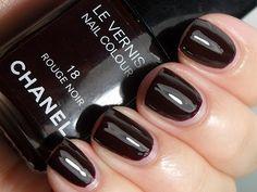 Chanel Rouge Noir Nail Polish