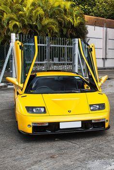 Lamborghini Diablo Volkswagen, Audi, Sesto Elemento, Automobile, Agriculture Tractor, Lamborghini Diablo, Car Manufacturers, Amazing Cars, Supercars