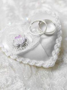 A história da almofada do porta alianças | #casamento #noivas