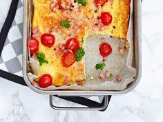 Hawaiian Salad, Skinny Broccoli Salad, Salty Foods, Dinner Tonight, Lasagna, Quiche, Salad Recipes, Macaroni And Cheese, Tart
