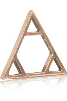 PAMELA LOVE rose gold-plated triangle ring $140 #fashion #accessories #jewelry #ring #gold #rose #triangle #geometry #style #designer #stylish #cool #chic #modern #gift