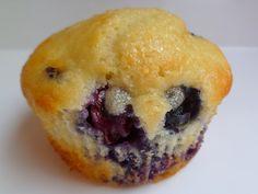 born ambitious. born imaginative.: Simple Blueberry Muffins