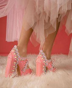 Footwear Options For Your Wedding Day! Bridal Shoes, Bridal Footwear, Wedding Looks, Wedding Day, Pencil Heels, Fashion Walk, Block Dress, Studio Shoot, Prince Charming