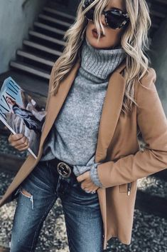 Casual Winter Outfits For Women. Women's Style. Look Fashion, Trendy Fashion, Womens Fashion, Fashion Boots, Fashion Basics, Face Fashion, Fashion Scarves, Black Girl Fashion, White Fashion