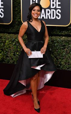 Sheinelle Jones from 2018 Golden Globes Red Carpet Fashion Grey Fashion, Red Carpet Fashion, High Fashion, Golden Globe Award, Golden Globes, Female News Anchors, Red Carpet Dresses, Beautiful Gowns, Fashion Pictures