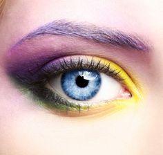 Eye shadow application to frame eye