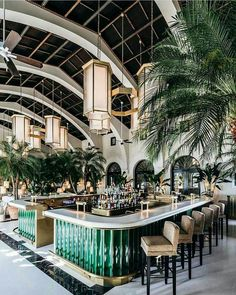 Discover more about The Surf Club Restaurant in Miami! The exclusive restaurant located in the Four Season Surf Club Hotel partly designed by Joseph Dirand. Four Seasons Hotel, Four Seasons Surf Club, Interior Design Minimalist, Restaurant Interior Design, Home Interior Design, Interior Decorating, Decorating Tips, Beach Restaurant Design, Design Hotel