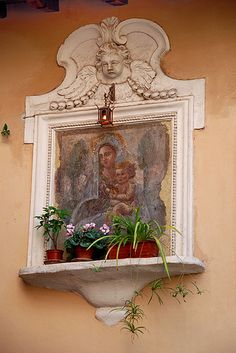 La Madonnella sulla Casetta Piccola di Trastevere Roma  #TuscanyAgriturismoGiratola