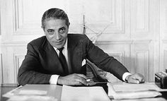 "Aristotle Onassis said :""We must learn to sail in high winds. 20 January 1906 – 15 March commonly called Ari or Aristo Onassis, was a prominent Greek Argentine shipping magnate. Jackie Kennedy Wedding, Jacqueline Kennedy Onassis, John Kennedy, Lee Radziwill, Caroline Kennedy Children, Famous Men, Famous People, Greek Tragedy, Richest In The World"