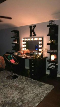 Teen Room Decor, Bedroom Decor, Bedroom Ideas, Modern Bedroom, Contemporary Bedroom, Master Bedroom, Teen Bedroom, Wall Decor, Bedroom Green