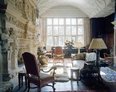Wiltshire house of Gela Nash-Taylor and John Taylor. Habitually Chic®: Wonderful in Wiltshire