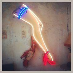 art in austin {neon art by todd sanders}