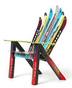 Adriondack chair made with recycled downhill skis. (Tutorial)