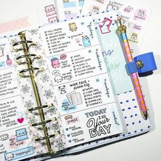Stickwithmeshop planner  https://www.instagram.com/p/BBVGlSrMjvL/?taken-by=stickwithmeshop