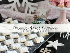 Dream pieces with marzipan / marzipan pillow / cookie recipe - Weihnachten Vanille Kipferl - Pork Chop Recipes, Salmon Recipes, Pillow Cookies Recipe, Biscuits, Mediterranean Recipes, Healthy Foods To Eat, Diet And Nutrition, Fall Recipes, Party