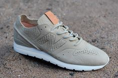 New Balance MRL996DB Re-engineered: Biege