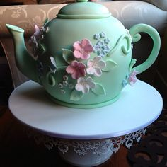 Teapot cake - perfect for a high tea party