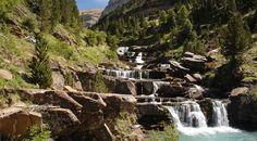 Huesca: - Parque Nacional de Ordesa y Monte Perdido. --- Huesca: Parc National d´Ordesa et du Mont Perdu.