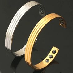 Deluxe Pure Copper Magnetic Bracelet - Upgrade your style with this powerful, high quality magnetic bracelet. Made with pure copper contains 6 rare earth therapy magnets. Adjustable to fit medium to large wrists. Free shipping worldwide.