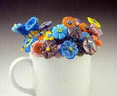 Patty Lakinsmith: Freehand lampwork flower headpin tutorial