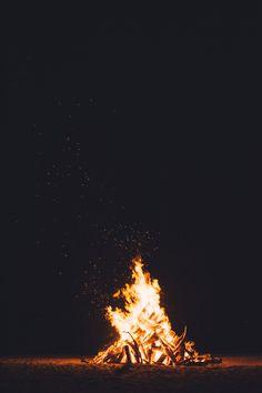 "lvndscpe: ""Bonfire | by chuttersnap """
