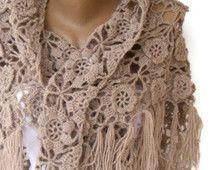Scialle all'uncinetto beige / sposa scialle / scialle da sposa / Bridal scrollata di spalle / inverno Bolero da sposa / Bridal / nuziale Cover Up / inverno accessori