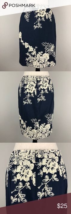 J. Crew The Pencil Skirt Embroidered Floral Great condition!! Women's size 6, J. Crew The Pencil Skirt Embroidered Floral in navy blue and cream. Style 77636 J. Crew Skirts Pencil