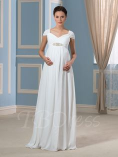Lala has everything a fuller-figured bride is looking for in a plus size wedding dress. the cheap wedding dress is made of chiffon and features spaghetti straps with a pleated bodice. This wedding dress can make you a perfect bride. Amazing Wedding Dress, Wedding Dress Pictures, Blue Wedding Dresses, Wedding Dresses Plus Size, Plus Size Wedding, Cheap Wedding Dress, Wedding Gowns, Bridesmaid Dresses, Casual Wedding
