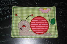 Tassenuntersetzer ? Mug Rug ? Schnecke  von Traumfabrik-Vynen via dawanda.com