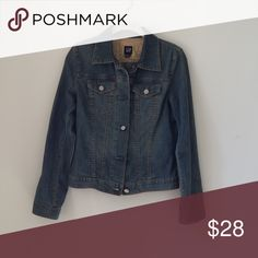 GAP DENIM JACKET Great distressed denim jacket💥WORN ONCE💥so flattering and goes with EVERYTHING GAP Jackets & Coats Jean Jackets