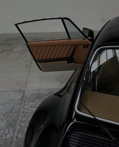 Classy Aesthetic, Beige Aesthetic, Aesthetic Photo, Aesthetic Art, Casa Cook, Pretty Cars, Classy Cars, Sexy Cars, Car Goals
