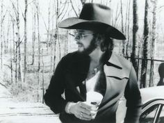 Hank Jr in late or early Hank Williams Jr, Outlaw Country, Ella Fitzgerald, Country Music Singers, George Strait, Classic Image, Family Traditions, Music Artists, My Music