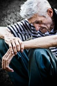 Loneliness and Isolation Predict Early Death in Elderly - http://supernutritionacademy.com/loneliness-and-isolation-predict-early-death-in-elderly/