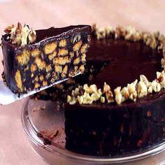 Tarta de galletas con chocolate y nueces