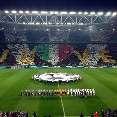 Coreografia di #JuventusMonaco