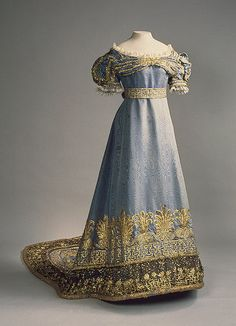 GREAT GOWNS OF RUSSIAN EMPRESSES ~ Great gown of Empress Maria Feodorovna, wife of Pavel I, son of Catherine II. 1820s
