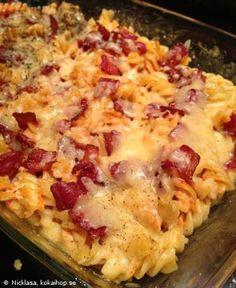 Torparens kycklinggratäng med bacon och västerbottenost - Recept