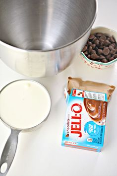 3 Ingredient Keto Chocolate Pudding Ice Cream Cookies – The BEST Low Carb Flourless Keto Chocolate Chip Cookies {Easy – No Bake Fat Bomb} Jello Sugar Free Pudding, Sugar Free Jello Keto, Jello Pudding Desserts, Keto Pudding, Sugar Free Cheesecake, Jello Recipes, Chocolate Pudding Desserts, Keto Chocolate Mousse, Keto Chocolate Chip Cookies