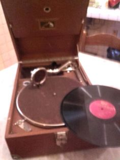 Grammofono Portatile La Voce del Padrone
