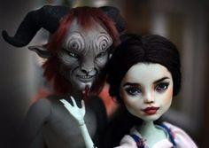 OOAK-Monster-High-doll-Beauty-and-the-Beast-Emma-Watson-Belle