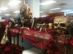 best halloween cubicle decorations of all time - Halloween Decorating Ideas For The Office